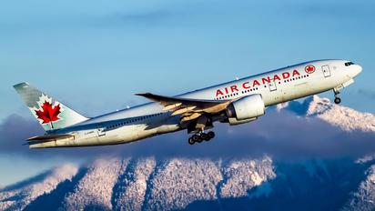 C-FNND - Air Canada Boeing 777-200LR