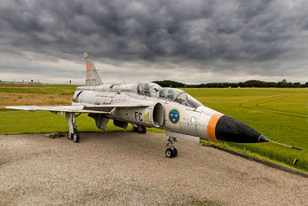 37800 - Sweden - Air Force SAAB SK 37 Viggen