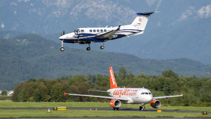 N239KF - Private Beechcraft 250 King Air