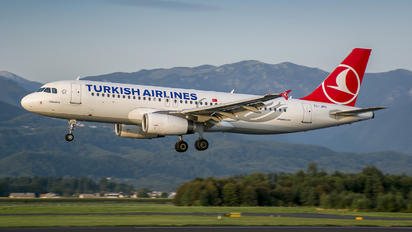TC-JPG - Turkish Airlines Airbus A320