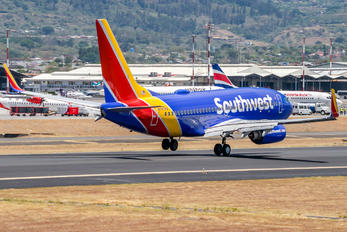 N7878A - Southwest Airlines Boeing 737-700