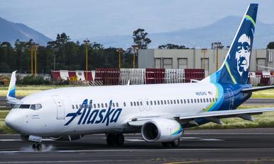 N513AS - Alaska Airlines Boeing 737-800