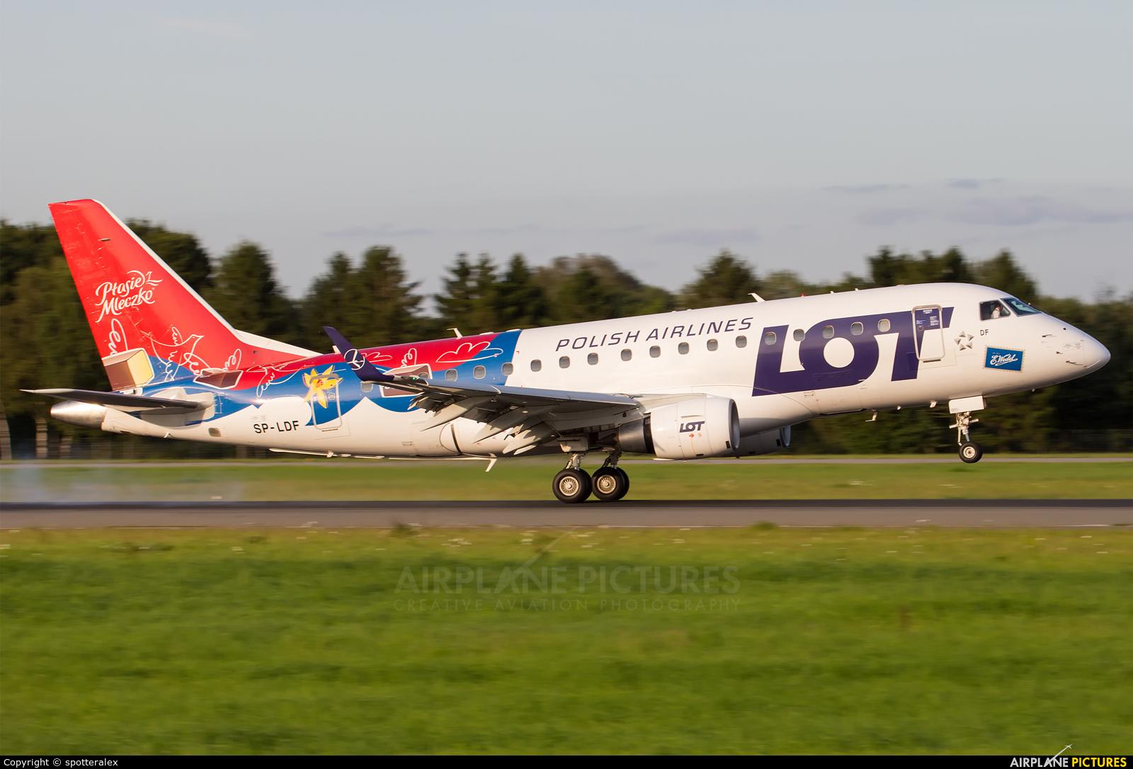 LOT - Polish Airlines SP-LDF aircraft at Hamburg - Fuhlsbüttel