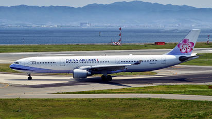 B-18315 - China Airlines Airbus A330-300