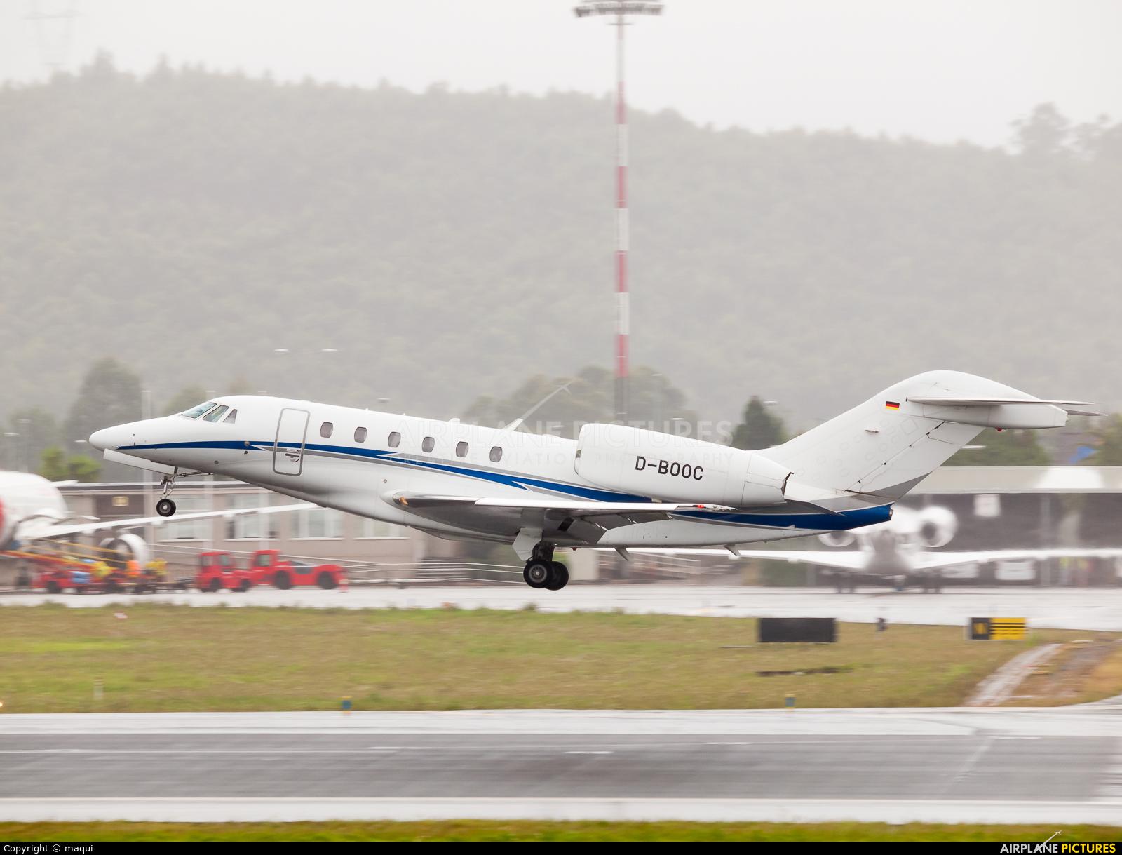 Air X D-BOOC aircraft at La Coruña