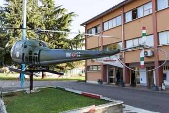 MM80160 - Italy - Air Force Agusta / Agusta-Bell AB 47