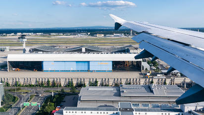 - - Airport Overview - Airport Overview - Hangar
