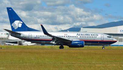 N997AM - Aeromexico Boeing 737-700