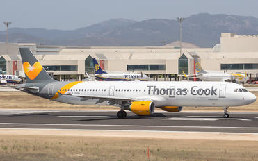 G-TCDW - Thomas Cook Airbus A321