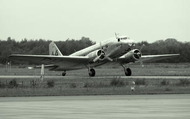 PH-AJU - Private Douglas DC-2
