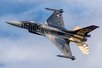 88-0032 - Turkey - Air Force Lockheed Martin F-16C Fighting Falcon