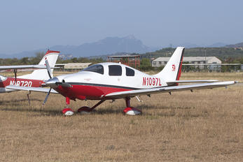 N1097L - Private Cessna 350
