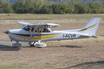I-ACVR - Private Cessna 172 Skyhawk (all models except RG)