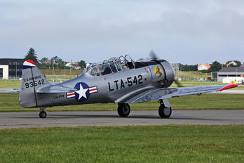 LN-PFX - Private North American Harvard/Texan (AT-6, 16, SNJ series)