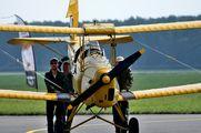 - - Private de Havilland DH. 82 Tiger Moth aircraft