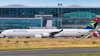 ZS-SNA - South African Airways Airbus A340-600