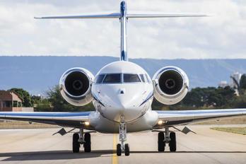 PR-FIS - Private Bombardier BD-700 Global 6000