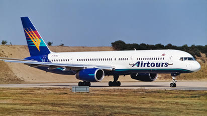 G-MCEA - Airtours Boeing 757-200