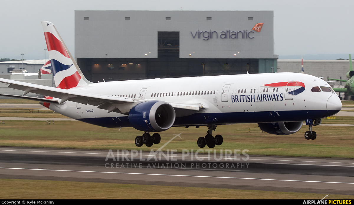 British Airways G-ZBKJ aircraft at London - Heathrow