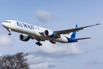 9K-AOE - Kuwait Airways Boeing 777-300ER