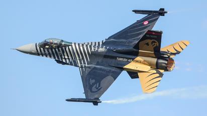 88-0032 - Turkey - Air Force Lockheed Martin F-16C Fighting Falcon