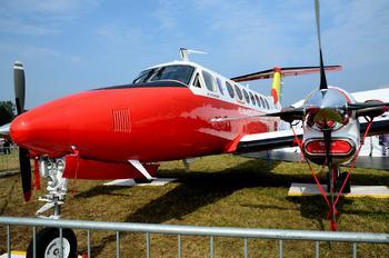 SP-TPU - Polish Air Navigation Services Agency - PAZP Beechcraft 300 King Air 350