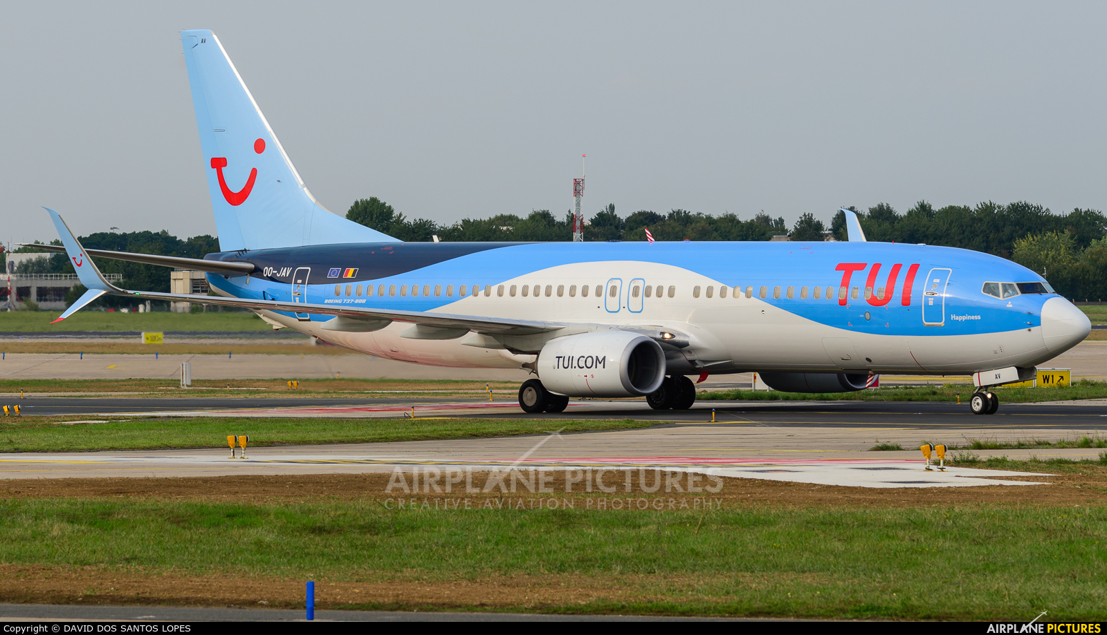 Jetairfly (TUI Airlines Belgium) OO-JAV aircraft at Paris - Orly