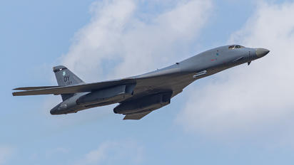 86-0124 - USA - Air Force Rockwell B-1B Lancer