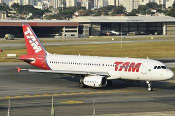 PT-MZZ - TAM Airbus A320