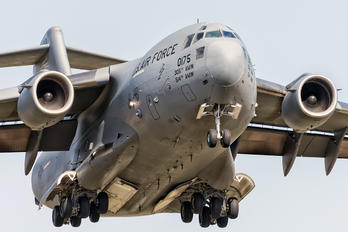 00175 - USA - Air Force Boeing C-17A Globemaster III