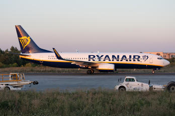 EI-FZN - Ryanair Boeing 737-8AS