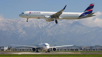 CC-BEO - LATAM Chile Airbus A321