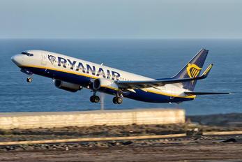 EI-DYD - Ryanair Boeing 737-800