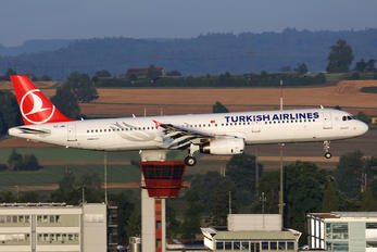 TC-JMK - Turkish Airlines Airbus A321