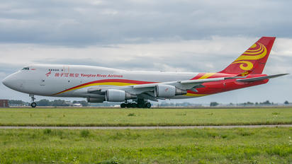 B-2435 - Yangtze River Airlines Boeing 747-400BCF, SF, BDSF