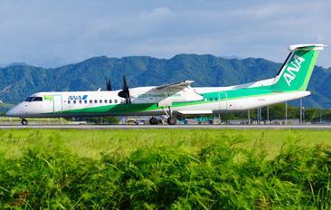 JA857A - - Airport Overview de Havilland Canada DHC-8-400Q / Bombardier Q400