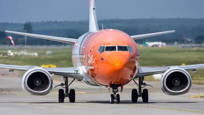 OO-TNO - TNT Boeing 737-400F