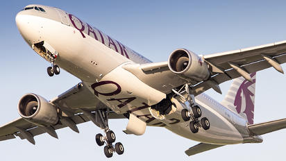 A7-ACF - Qatar Airways Airbus A330-200