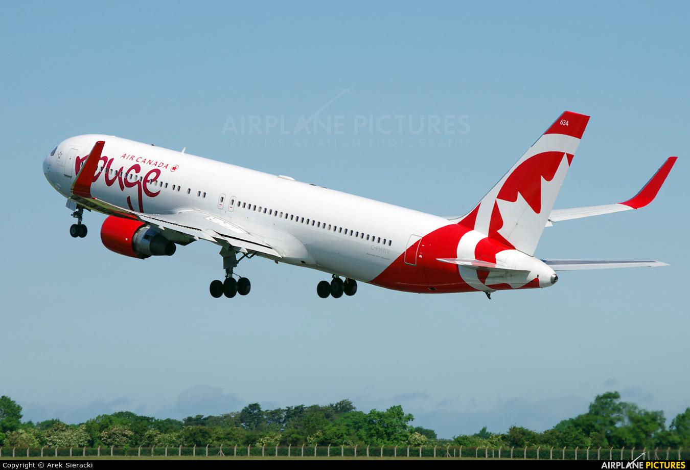 Air Canada Rouge C-FMWV aircraft at Dublin