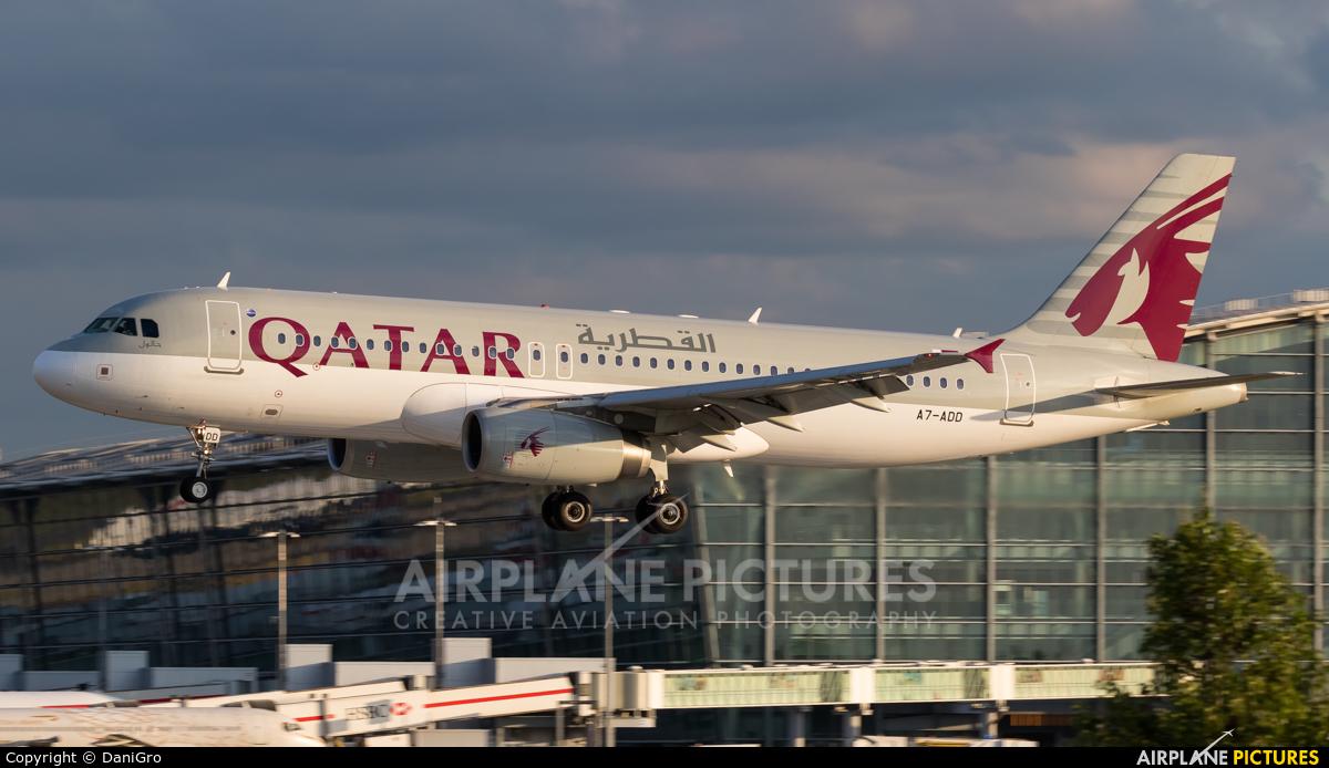 Qatar Airways A7-ADD aircraft at London - Heathrow