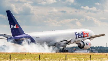 N854FD - FedEx Federal Express Boeing 777F