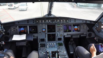 D-ABHJ - Air Berlin Airbus A320