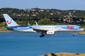 G-CPEU - TUI Airlines UK Boeing 757-200