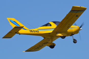 YR-5143 - Private TL-Ultralight TL-96 Star