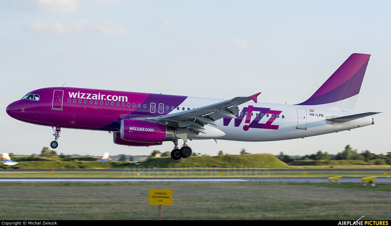 Wizz Air HA-LPN aircraft at Katowice - Pyrzowice
