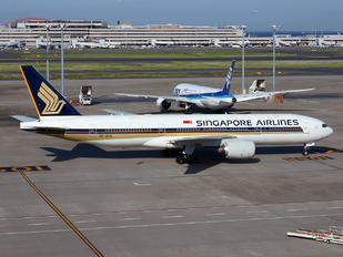 9V-SVG - Singapore Airlines Boeing 777-200ER