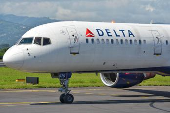 N676DL - Delta Air Lines Boeing 757-200