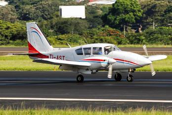 TI-AST - ATASA Piper PA-23 Aztec