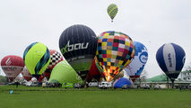 - - - Airport Overview Balloon - aircraft