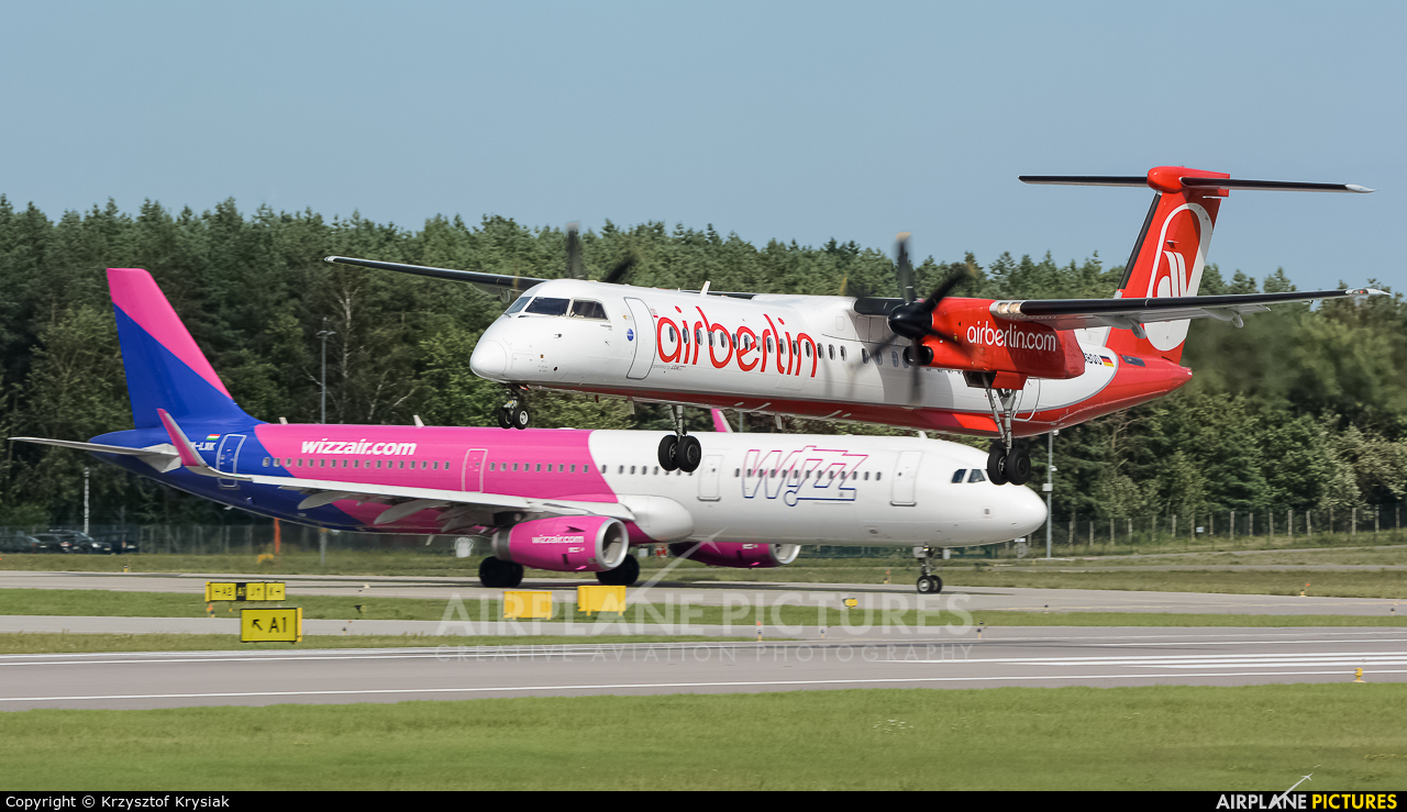 Air Berlin D-ABQO aircraft at Gdańsk - Lech Wałęsa